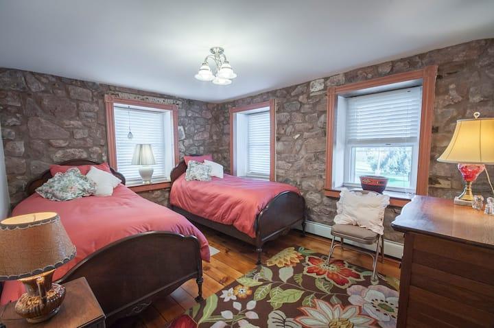 Rose Room w original rose milk paint!