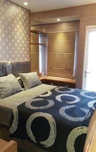Studio Room @ Madison Park Apartment - Wohnung