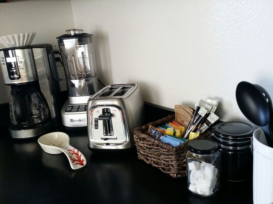 kitchen supplies will be available to you, also coffee and tea ( self service )