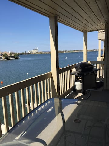 Water Sports, Fishing, Golf & Food!
