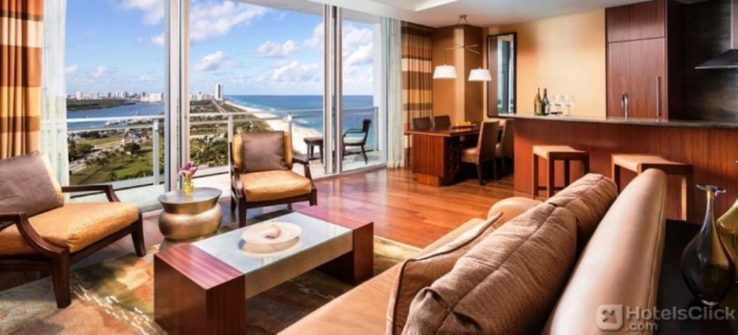 Ritz Carlton Bal Harbour One Bedrm - Bal Harbour - Wohnung