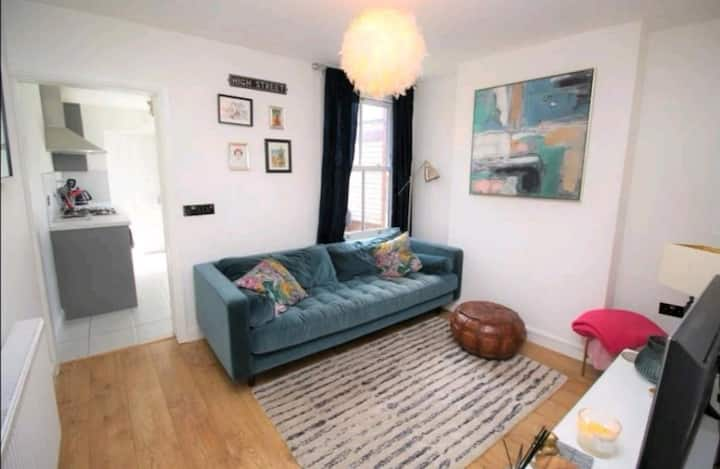 Large double room in a recently renovated property
