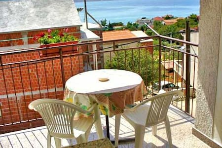 One bedroom Apartment, 200m from city center, in Starigrad Paklenica, Terrace