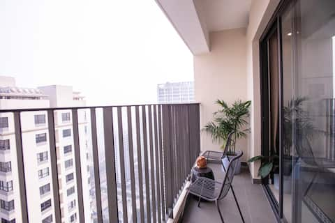 Studio Apt. CENTRAL/SAFE/CLEAN for COUPLE/FAMILY