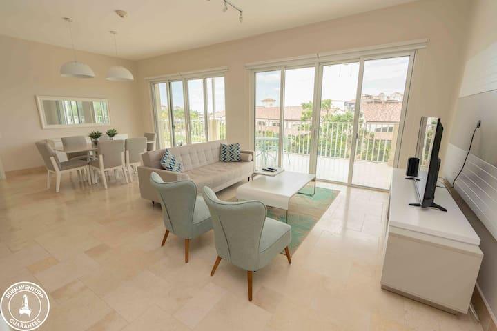 OFFICIAL Buenaventura Rentals: (202) Exclusive apartment in Puntarena Ocean Village, Buenaventura, P