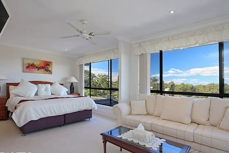 Cape View Manor B & B  Tallwoods Village NSW - Tallwoods Village - Aamiaismajoitus