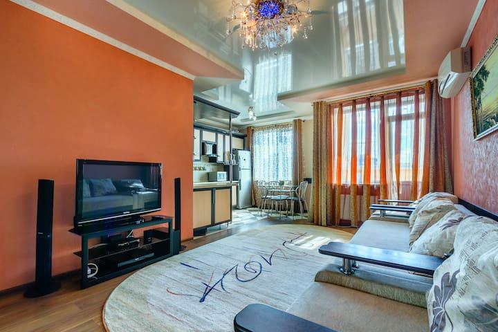 Уютная и стильная 2-ком.квартира в самом центре