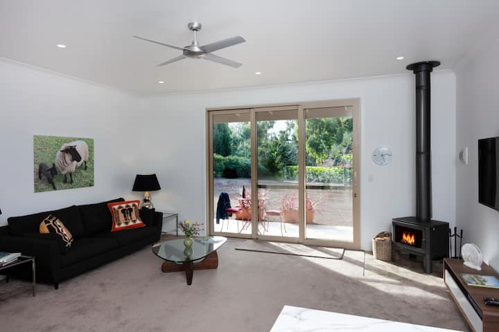 Smart, quiet, boutique Southern Highlands Farmstay