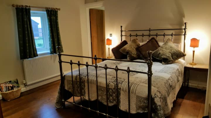 Double bedroom in barn conversion