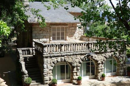 Preciosa casa en finca con maravillosas vistas