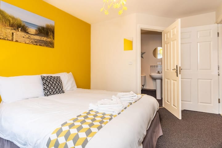 2 bedroom Castle Donington Apartment