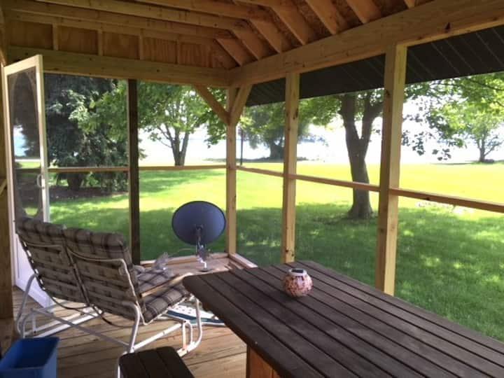 Pattys  Condo on the Lake - Kelleys Island, Ohio