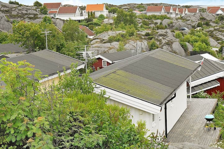 6 person holiday home in ELLÖS