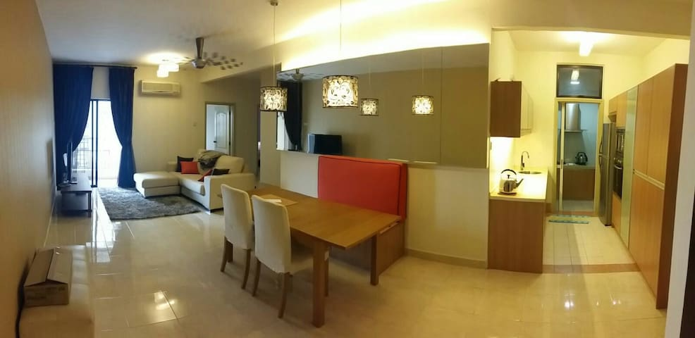 Strategicly Location - Petaling Jaya - Apartament