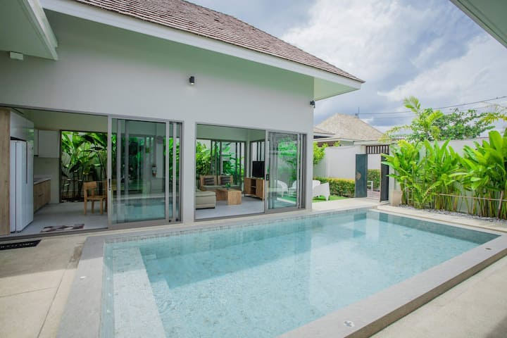3 Bed rooms with Private Pool Villa