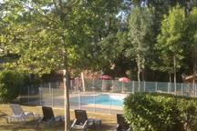 Chalet (I) dans les bois au calme (Toulouse à 1h)