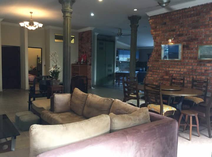 KAMPAR Unique Design Relaxing & Peaceful HomeStay