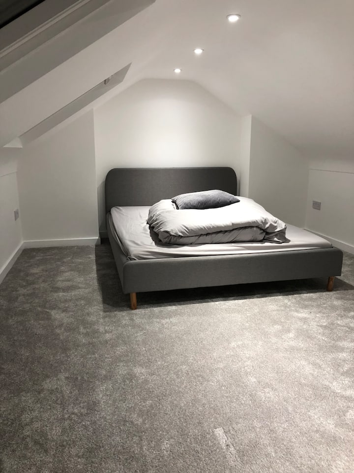 Cosy loft room