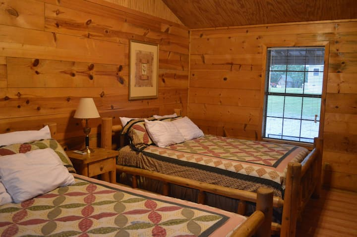 One Bedroom Kitchenette Cabin