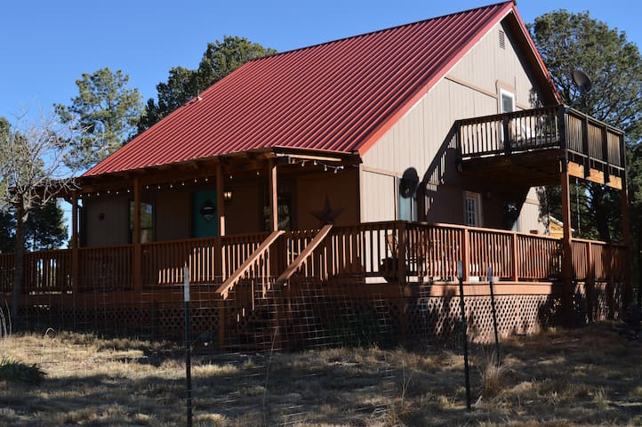 Hunters Lane Cabin