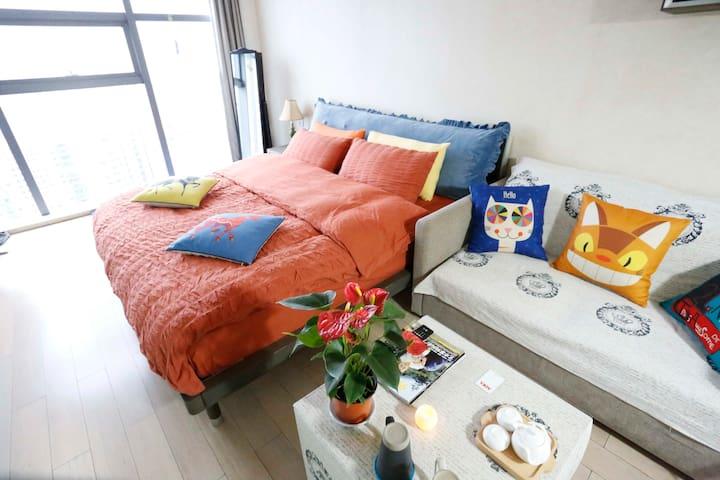 【多吉壹号】全景落地窗、顶楼24层看西湖 、市中心武林广场地铁站旁 - Hangzhou - Leilighet