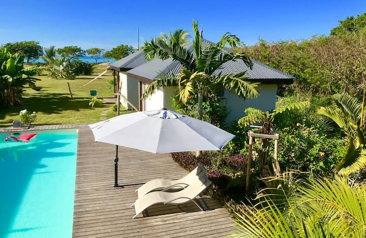 Poe Cote Lagon, West Beach Bungalow, New Caledonia