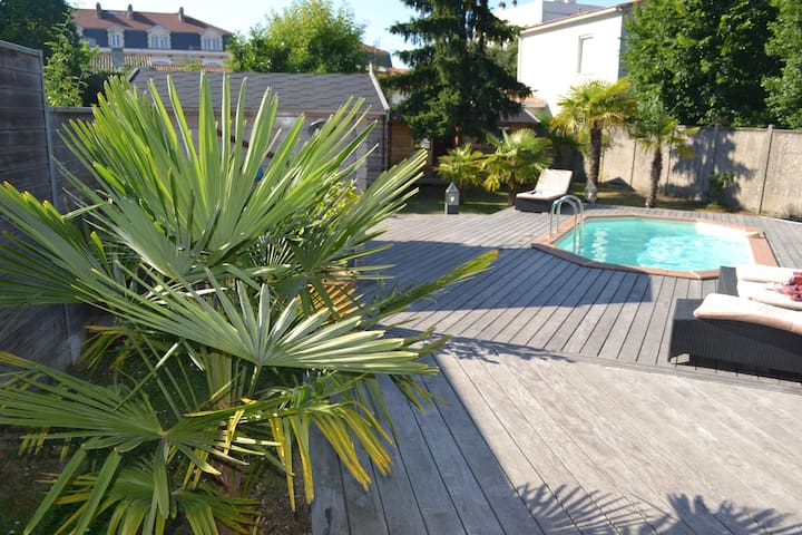 BX LOFT 4 CH JARDIN PARKING PISCINE PRIVATIVE
