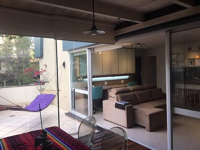 Apartamento completo muito confortável e astral!