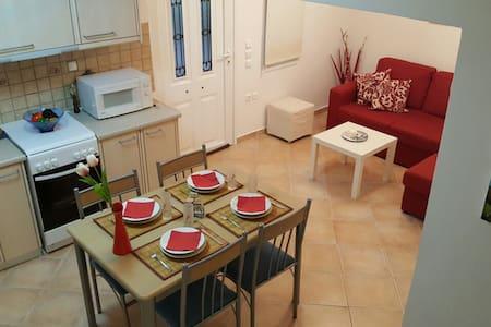 Lovely 2floor apartment - Porto Cheli - Haus
