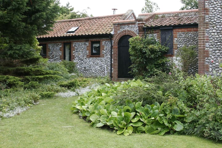 The Cottage, Springholes - Norfolk - Inny