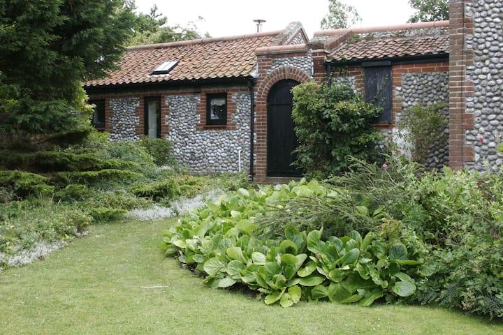 Semi-Detached Cottage, Springholes