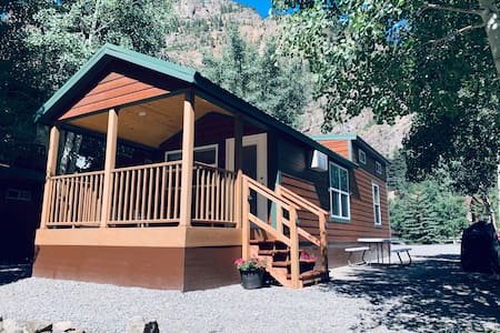 RIVER RUN CABINS - #6  DOG FRIENDLY-Read Summary