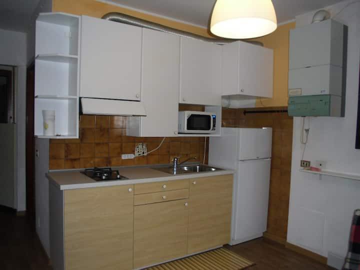 Appartamento al 4^ piano vista mare