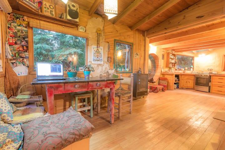 Habitación en Casita de madera y adobe. c/desayuno