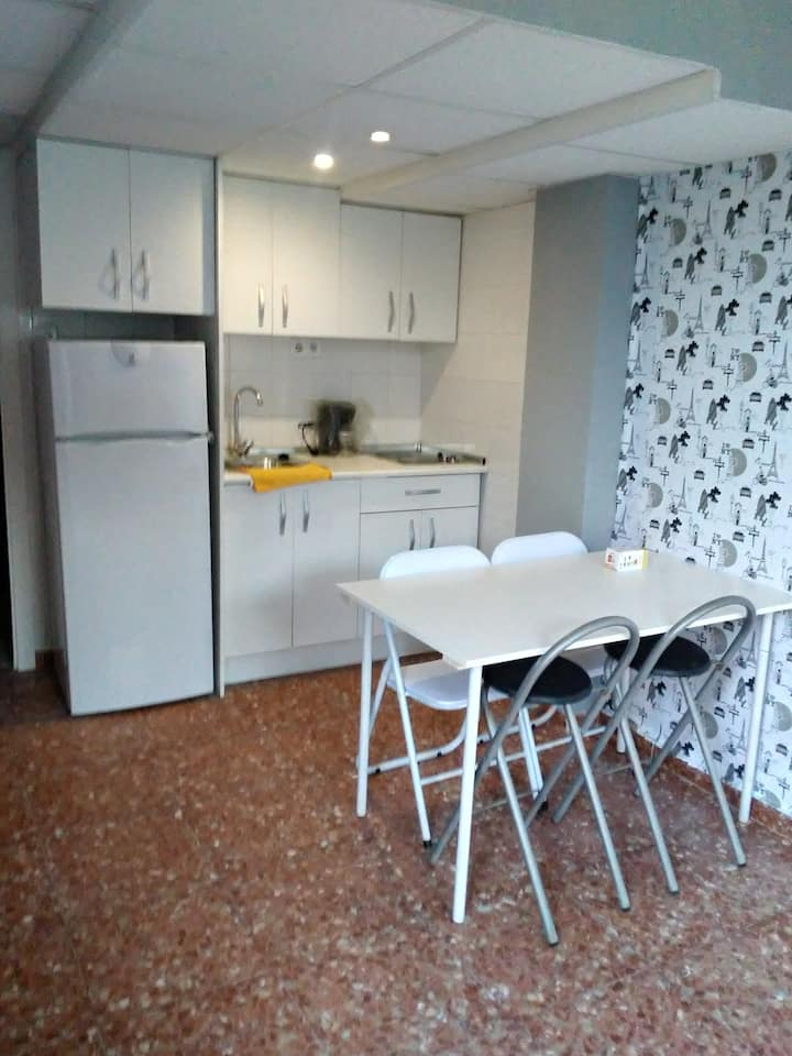 Agradable apartamento con jardin y piscina