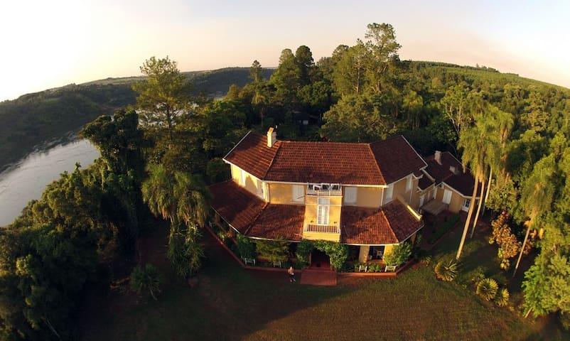 Casa Bemberg -  Cataratas del Iguazú