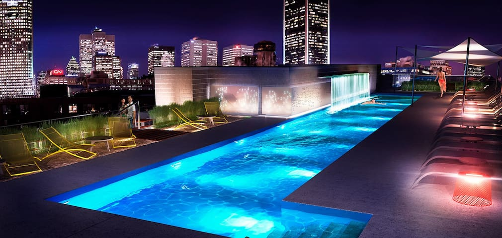 ♕ Luxury & Romance Downtown ♕ JACUZZI+Spa+POOL