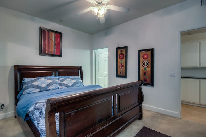 Cal King size bed in the master bedroom