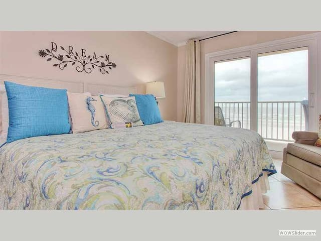 SG104 - Savor the Beautiful Sunsets at this Sunny Indian Shores Beachfront