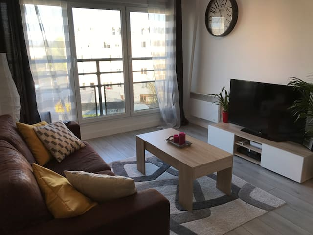 Apartment 40min from PARIS by RER - Corbeil-Essonnes - Apartamento