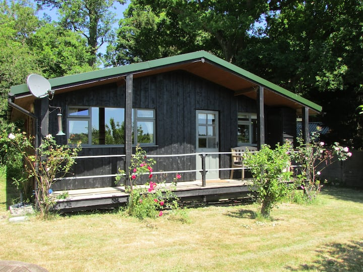 Chalet in the heart of the of Kent countryside