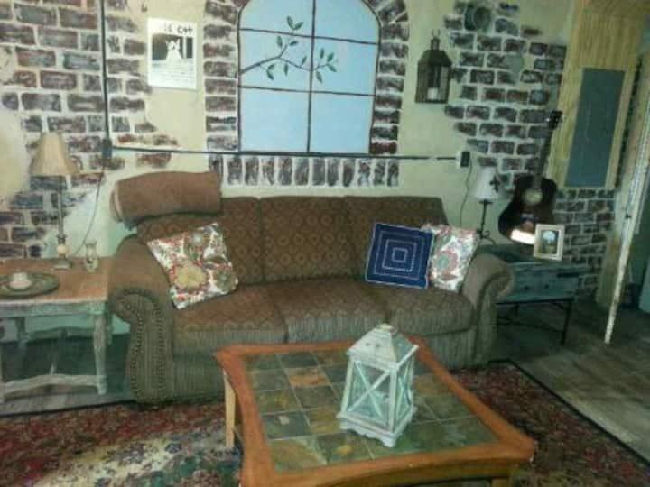 Historic Riverside Avondale rental