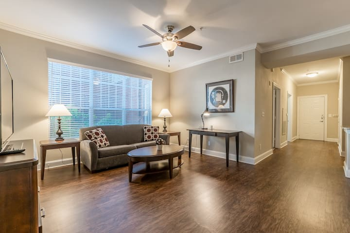 2bedroom Fully Furnished APT-NEAR ATLANTIC STATION