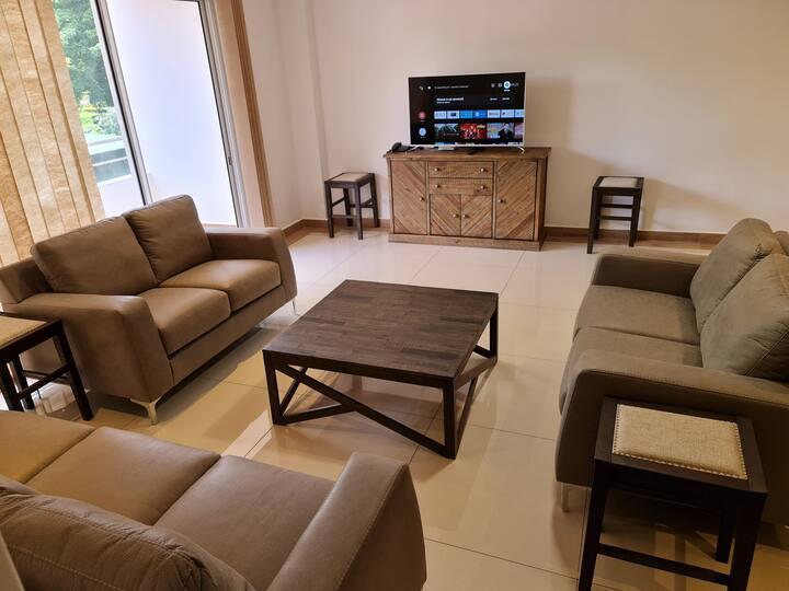 Arc Royal Luxury Apartments 2BR