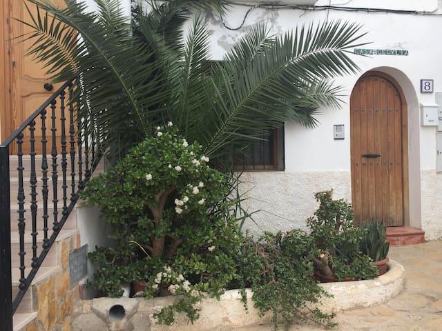Beautiful refurbished 2 bedroom apartment - Mojácar