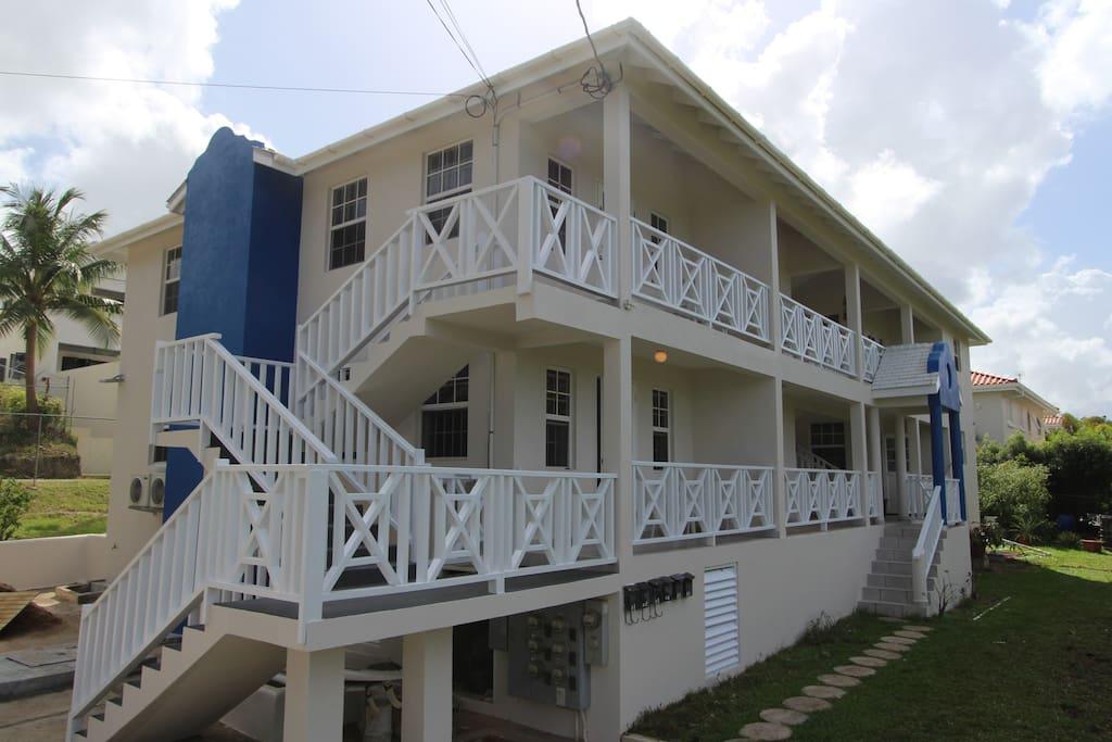 Turtle Ridge Apartments - Entrance