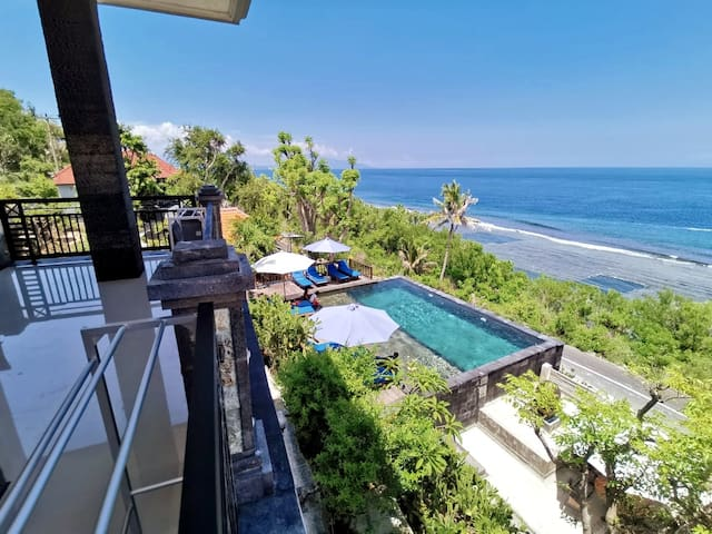 MbokLimbok NusaPenida with SeaView Pool+Snorkeling