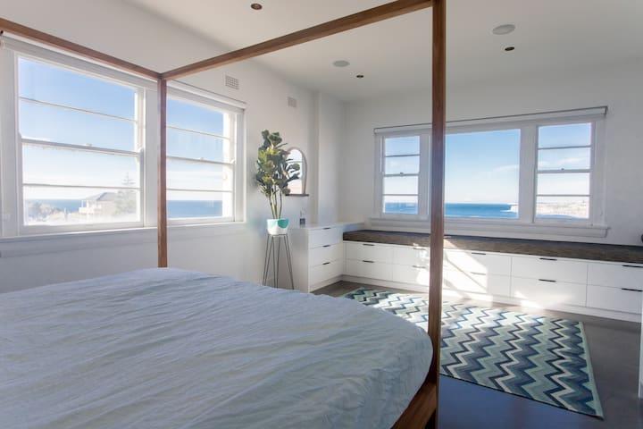 Bondi | Tamarama Penthouse | Ocean and Beach Views