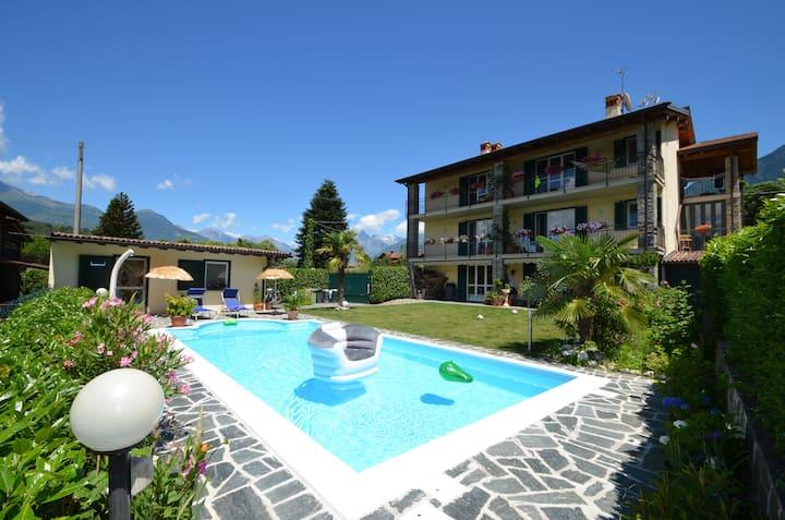 Casa Romantica mit Pool am See u. bester Aussicht