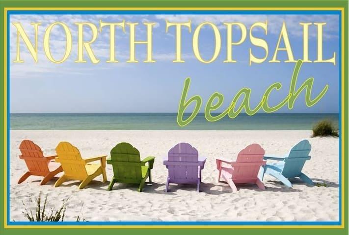 Oceanfront, Cute as a Button - North Topsail Beach - Apartament